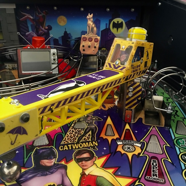 batman-66-pinball-crane-kit