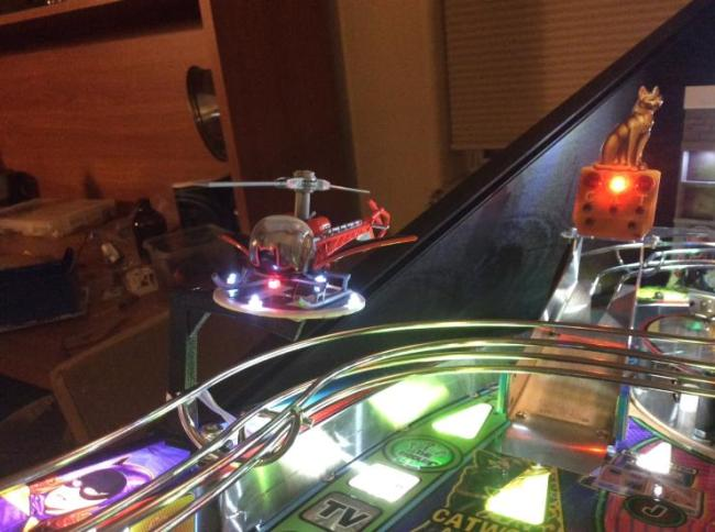 batman-66-pinball-helicopter